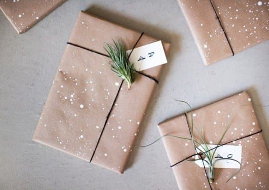 Stylish Simplicity Kraft Paper Gift Wrapping Ideas